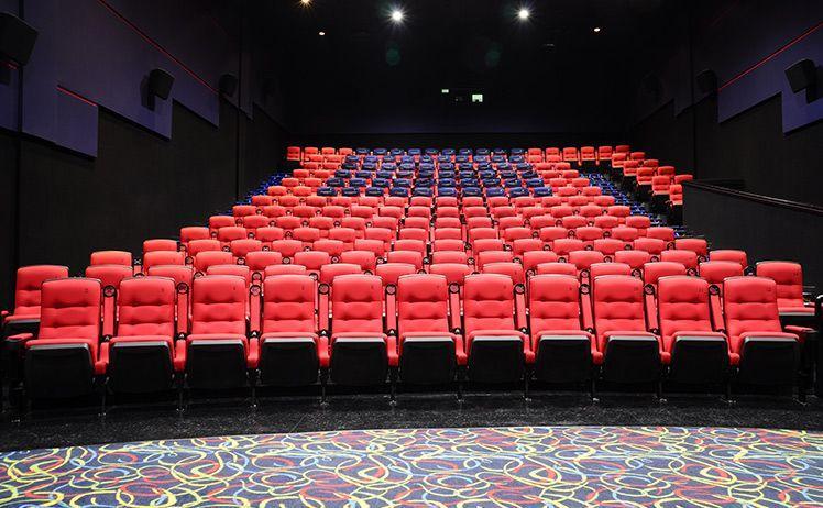 Chỉ có đi xem phim – Sao lại vui đến thế BAZA!